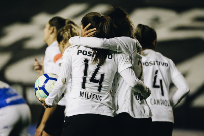 Corinthians goes to Women's Brasileiro semi-finals, setting new world record and waiting for Guinness