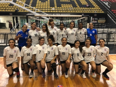 Handebol do Corinthians vence e se classifica para a próxima fase do Campeonato Paulista